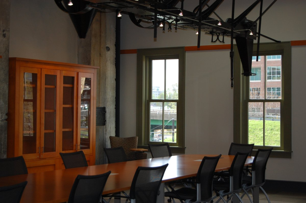 CALS | Bobby L. Roberts Library