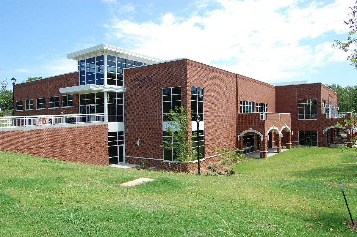 Lyon College Edwards Commons Student Center/ES